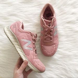 NEW BALANCE Fresh Foam Arishi Pink SZ 9